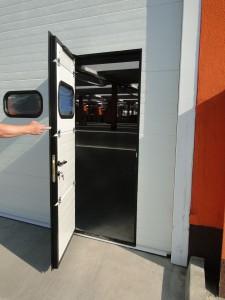 Ipari kapu személybejáró kapú
